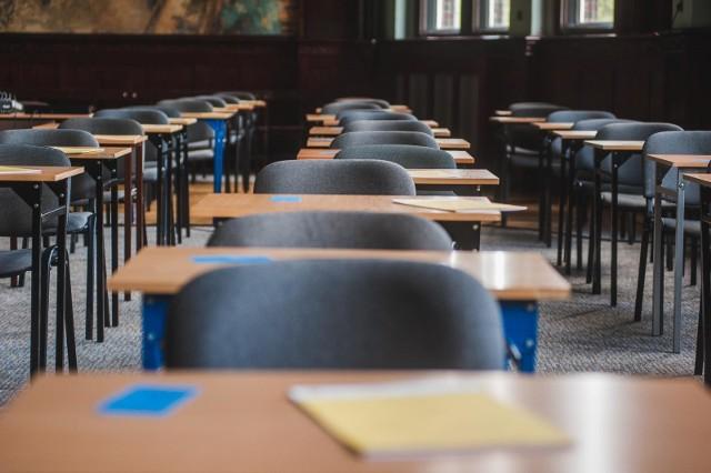 Właściwy egzamin ósmoklasisty ma się rozpocząć 15 kwietnia 2020 r. i potrwa do 17 kwietnia 2020 r