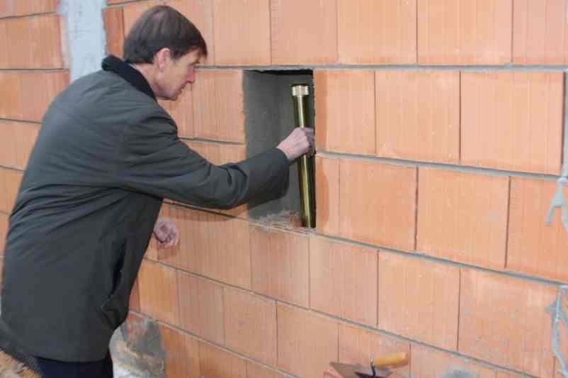 To kolejna remiza powstająca w mieście Opolu. Wcześniej powstały nowe budynki OSP w Grudzicach oraz Bierkowicach.