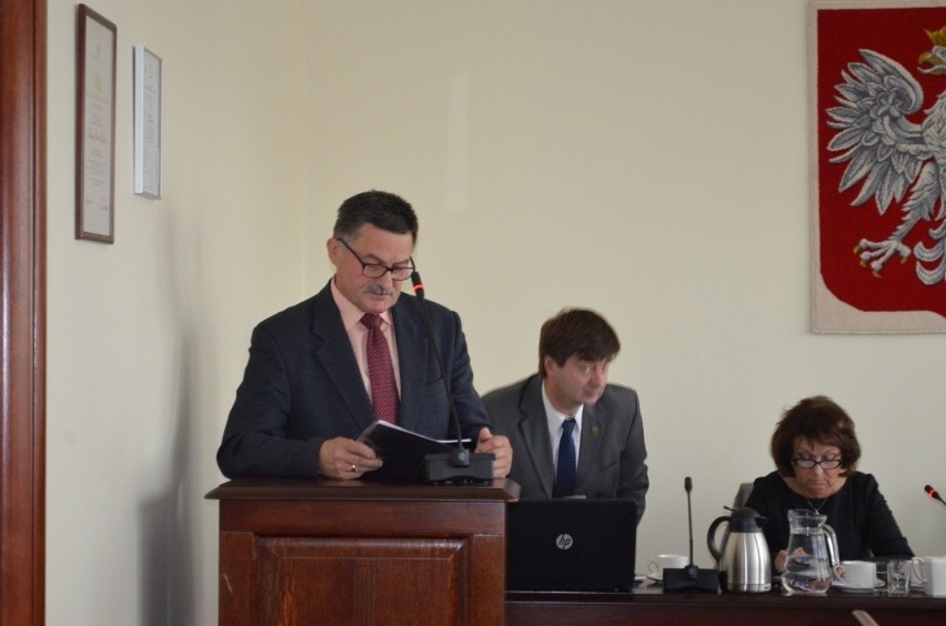 Bogdan Ryl przedstawił co zrobił Zarząd Dróg Powiatowych w ubiegłym roku.
