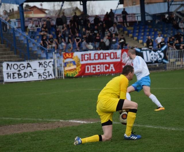 Bramkarz Łukasz Psioda w kilku sytuacjach uchronił ekipę Igloopolu przed remisem.