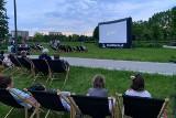 Łomża. Rusza Letnie Kino Plenerowe. Zobacz harmonogram