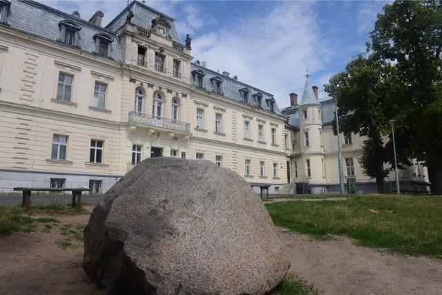Zabytkowy pałac w Trzebiechowie