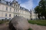 Co dalej z pałacem w Trzebiechowie? Czy gmina odda zabytek za nową szkołę?