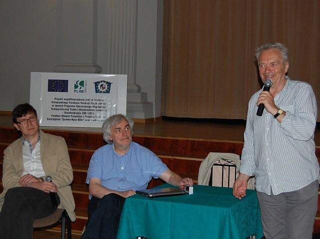 Ruszyła promocja II Festiwal Filmu i Teatru KOZZI GANGSTA im. Macieja Kozłowskiego. Na zdjęciu Zdzisław Wardejn w czasie spotkania w Kargowej.