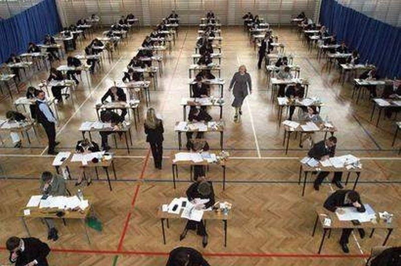Nowy egzamin gimnazjalny, który uczniowie będą zdawać w 2012 roku może być bardzo trudny.