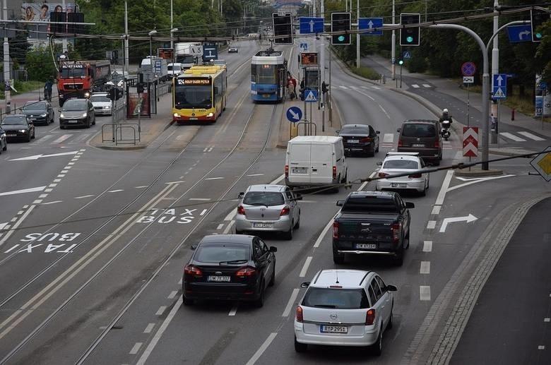 Wrocławianie nie chcą buspasa na Grabiszyńskiej. Prezydencie! Zlikwiduj go!