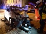 Śmiertelny wypadek na ul. Zgierskiej w Łodzi! Kierowca prawdopodobnie był pijany. ZDJĘCIA