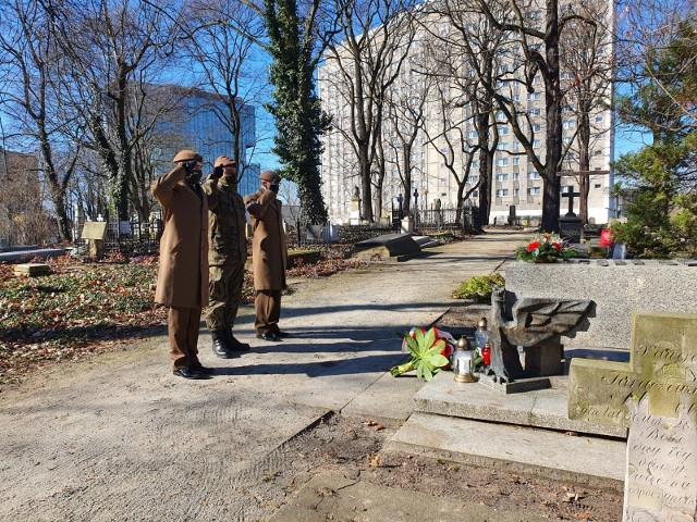 2 marca przypada rocznica śmierci generała Stanisława Taczaka. Pamiętali o niej żołnierze Obrony Terytorialnej.