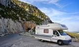Wybierasz się na wakacje kamperem? Te informacje mogą ci się przydać