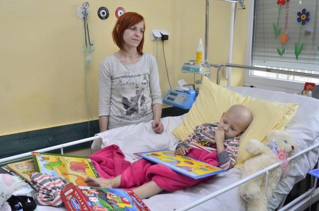 6-letni Aleks ma złośliwego raka wątroby, ale ani szpital, ani NFZ nie chcieli finansować leczenia