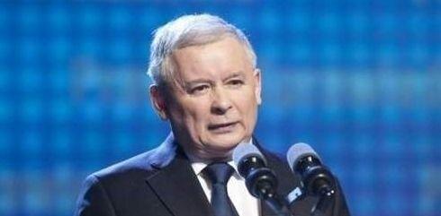 Analitycy sceny politycznej uważają, że wbrew sondażom, ostatni okres charakteryzuje się spadkiem poparcia dla Komorowskiego i wzrostem dla Kaczyńskiego.