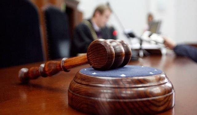 Obrońca wnosił o uniewinnienie, prokurator - o utrzymanie wyroku.