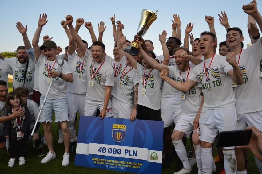 Piłkarze Lechii Zielona Góra wygrali (2:1) z Cariną Gubin w...