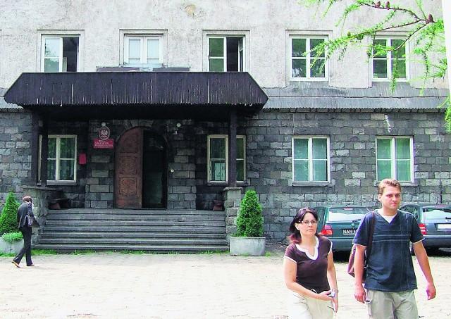 Na razie uczniowie będą jeszcze korzystać z  bursy przy ul. Bolesława Wstydliwego w Nowym Targu