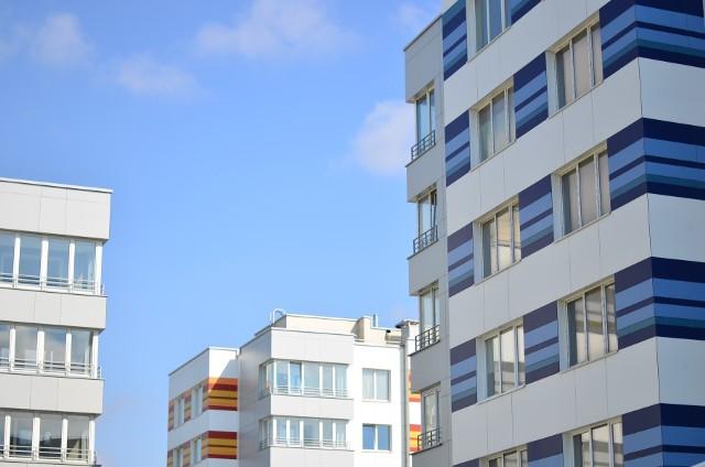 Ceny mieszkań w Polsce od zeszłego miesiąca uległy tylko niewielkiej korekcie.