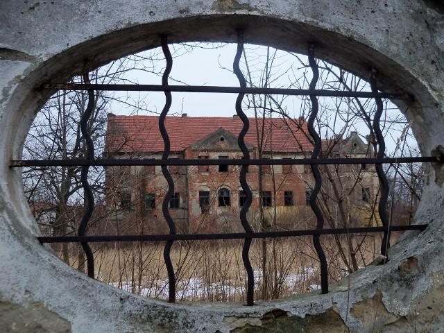 Pałac w Kazimierzu, wygląd sprzed remontu.