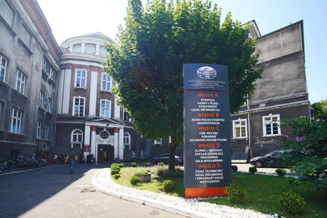 Badania wykonywane są w Szpitalu Klinicznym Przemienienia Pańskiego UM w Poznaniu przy ul. Długiej 1/2 - wejście D, piętro pierwsze, gabinet 146.