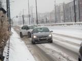 Zima w Łodzi! Trudne warunki na łódzkich drogach. Trzeba zachować szczególną ostrożność! ZDJĘCIA