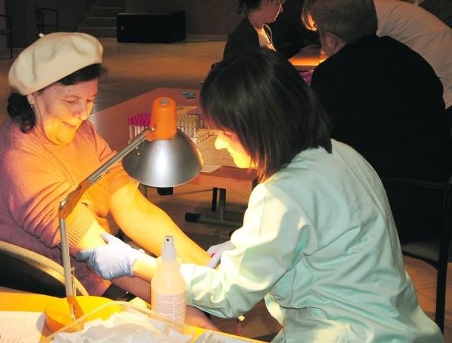 W pierwszych darmowych badaniach ufundowanych przez gminę Lubniewice wzięło udział około 150 osób. Kolejne już 16 i 17 kwietnia. Do Lubniewic przyjadą radiolodzy dziecięcy ze Szczecina, których wesprą lekarze z Międzyrzecza