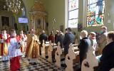 Dyspensa prymasa Polski. Nieobecność na niedzielnej Eucharystii nie jest grzechem. Transmisje mszy w telewizji i w radiu