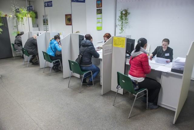 Miejski Ośrodek Pomocy Społecznej przyjął już ponad 12 tysięcy wniosków o świadczenia z rządowego Programu 500+.