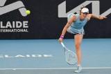 """Eksperci o sukcesie Świątek: """"Już nie musimy tęsknić za Agnieszką Radwańską. Iga i Naomi Osaka mogą zdominować kobiecy tenis"""" [WIDEO]"""