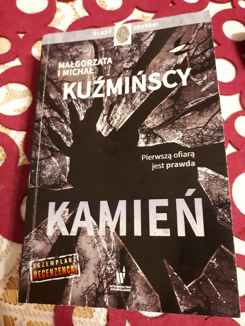 """Małgorzata i Michał Kuźmińscy """"Kamień"""" - okładka"""