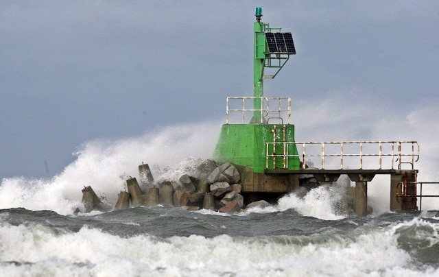 Nad samym morzem wiatr będzie wiał z prędkością nawet 90 km/h