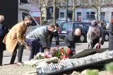 Sosnowiec. Odsłonięto tablice smoleńskie. Znajdziemy na nich nazwiska osób, które zginęły w tragicznej katastrofie lotniczej pod Smoleńskiem