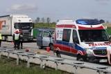 Wypadek na A4 pod Wrocławiem. Zderzyły się bus i ciężarówka