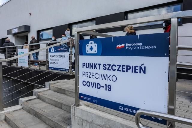 Punkt szczepień przeciwko COVID-19 przy Dębowej 21 w Gdańsku zawiesza działalność