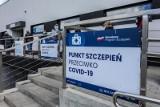 Największy na Pomorzu punkt szczepień masowych w Gdańsku przy Dębowej 21 zawiesza działalność. Przyczyna - brak dostaw szczepionki Pfizer