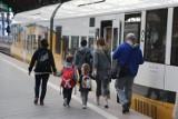Utrudnienia na trasie kolejowej z Wrocławia do Kudowy. Nie jeżdżą pociągi