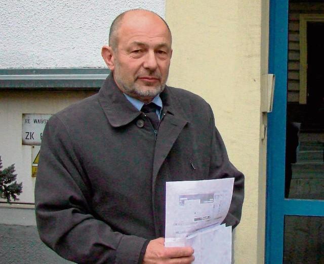 Wójt Lanckorony Tadeusz Łopata zaprzecza zarzutom o układy i odpowiada, że są one wynikiem politycznej nagonki opozycji