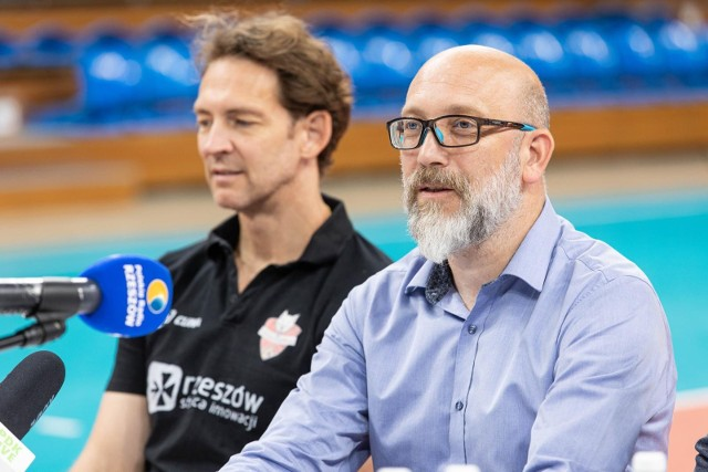 Marek Pieniążek, wiceprezes KS Developres zapewnia, że wkrótce pojawią się szczegółowe informacje dotyczące sprzedaży biletów i karnetów na mecze Tauron Ligi