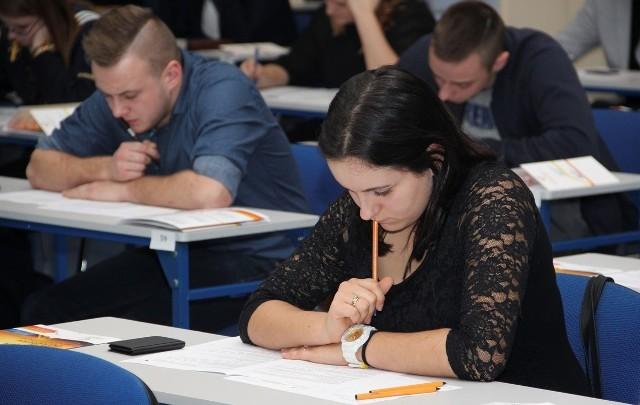 """Teresa Sudoł, uczennica tarnobrzeskiego """"rolnika"""" weszła do II etapu Olimpiady Logistycznej"""