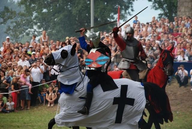 Na 20 sierpnia zaplanowano w Płowcach kolejną inscenizację historycznej bitwy króla Łokietka z Krzyżakami. Poprzedzi ją tradycyjny Jarmark Królewski w Radziejowie. >> Najświeższe informacje z regionu, zdjęcia, wideo tylko na www.pomorska.pl