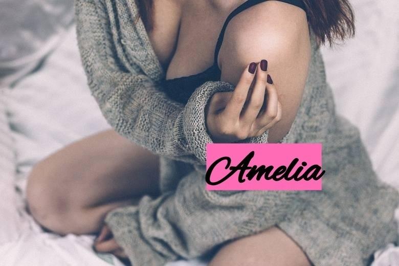 Delikatna i krucha Amelia wydaje się być kimś...