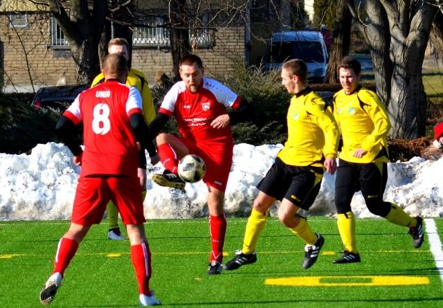 Unia Raszowa-Daniec w Opolu ograła LZS Grodziec 6-0.