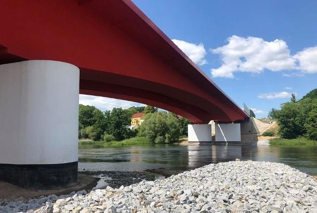 Nowy most na Odrze w Cigacicach na trasie S3