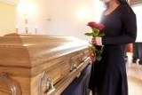 Liczba zgonów w powiecie białobrzeskim. Ilu mieszkańców gmin zmarło w maju 2021 roku. Poznaj dane (RAPORT)