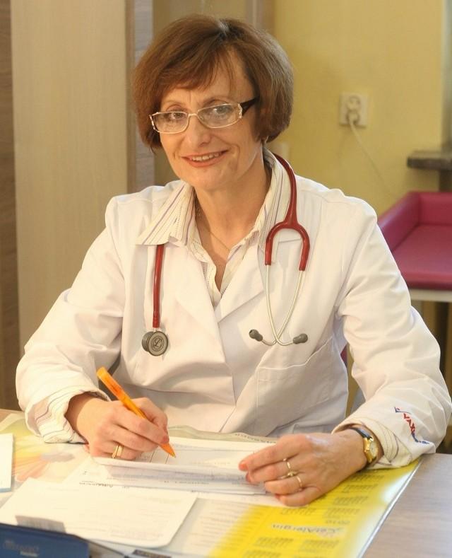 – Ostatnio dużo dzieci choruje na anginę, co jest nietypowe o tej porze roku – mówi dr Jadwiga Kacprzak.