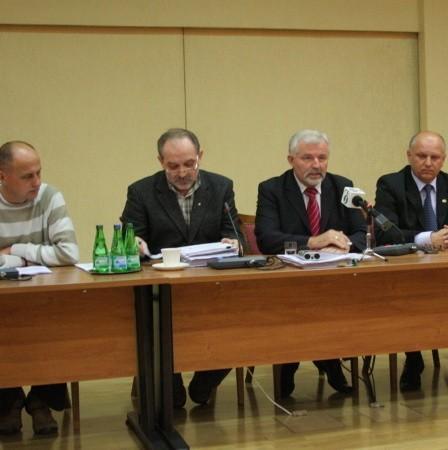 Wyniki referendum ogłosili przedstawiciele wszystkich związkowych central