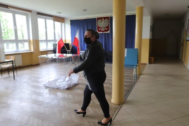 Druga tura wyborów wójta gminy Zgierz odbędzie się za niespełna dwa tygodnie.