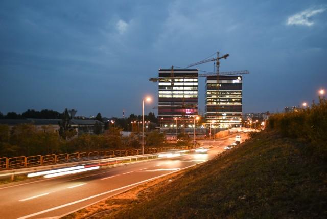 Nie jest łatwo robić biznes w PolsceMimo poprawy, w dalszym ciągu w wielu obszarach, mamy do czynienia z biurokracją i szkodliwymi przepisami