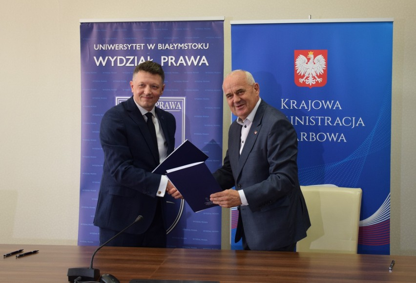 Wydział Prawa UwB podjął współpracę z Izbą Administracji Skarbowej w Białymstoku