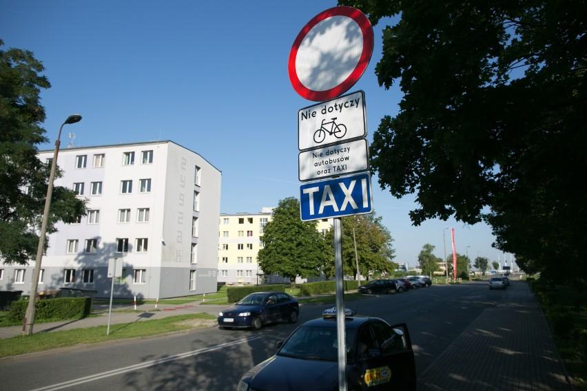 Teraz na ul. Mikołajczyka mogą wjechać tylko autobusy, rowerzyści, a także taksówkarze.