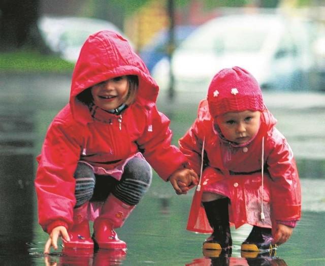 Im mniejsza różnica wieku między dziećmi, tym dłuższy okres korzystania ze świadczenia
