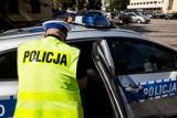 """Kościerzyna: Pijany mężczyzna złamał kwarantannę i wsiadł za kółko. """"Wypadł z samochodu"""""""