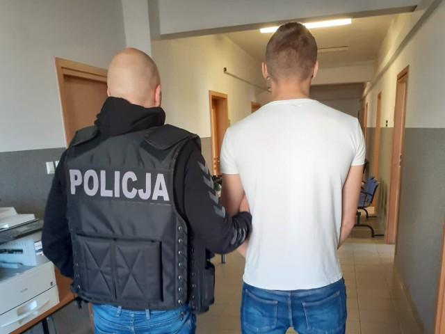 17-latek z Bydgoszczy aresztowany za posiadanie i handel marihuaną i metaamfetaminą. Najbliższe 2 miesiące spędzi w areszcie.